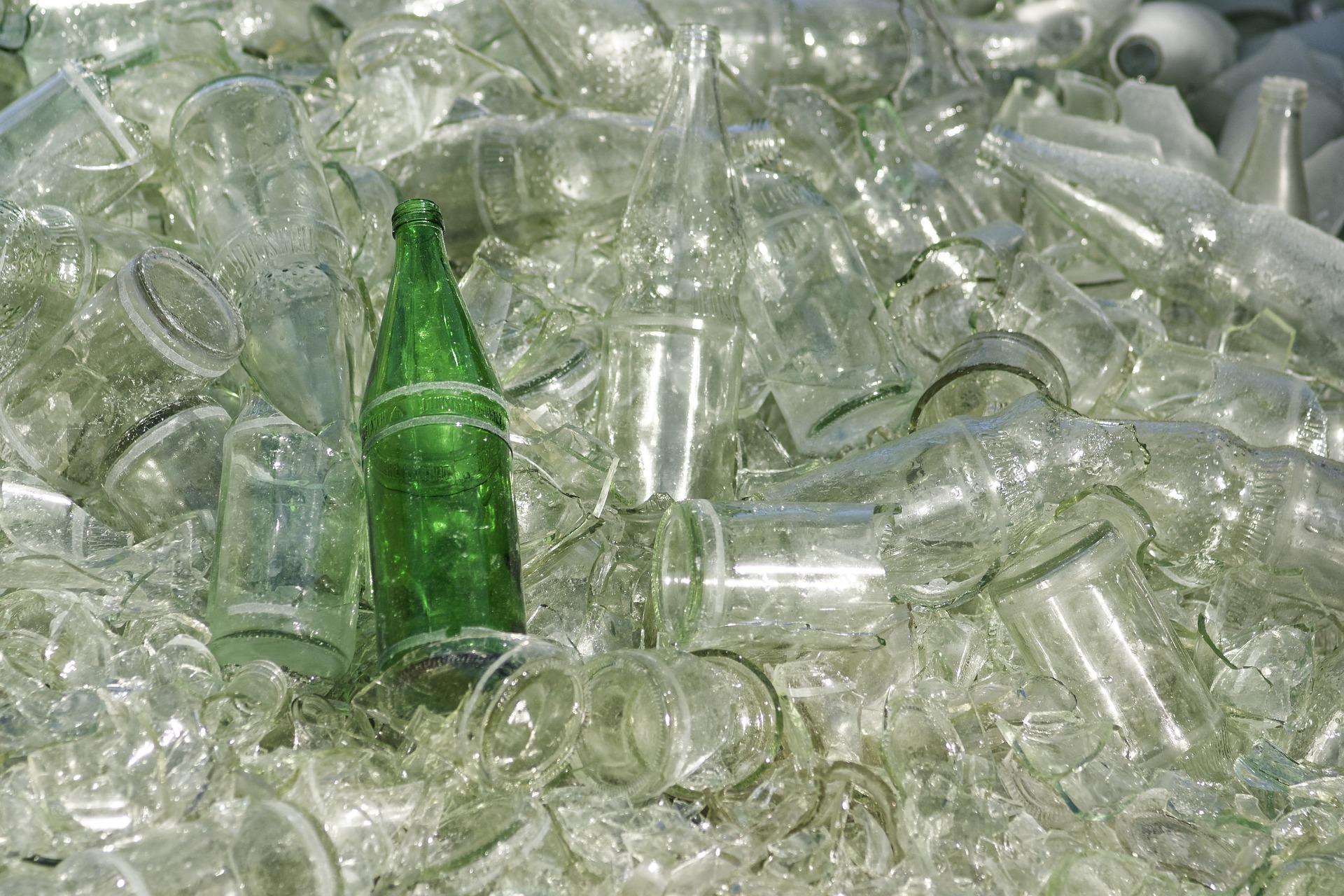 Reciclaje de una botella